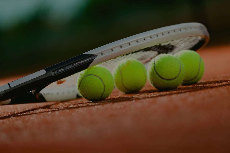 parallax-tennis.jpg